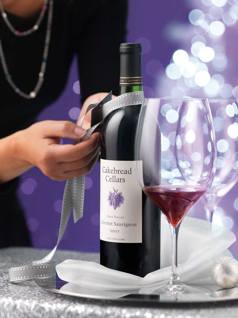 Cakebread red wine bottle gifting